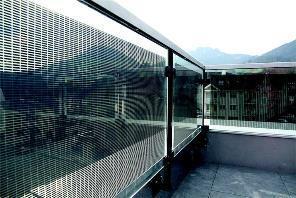 «Solar Rail» – Funktionelle Solarelemente: Solargeländer
